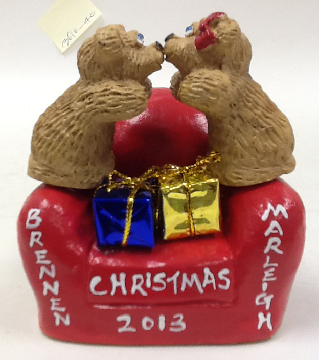 2 Kissing Bears on Personalized Little Chair